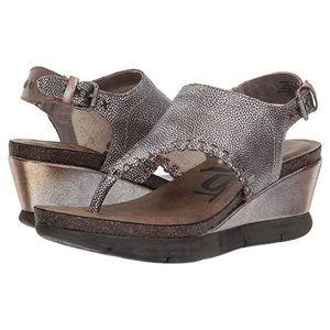 🆕 Listing!  OTBT | 'Meditate' Thong Wedge Sandals